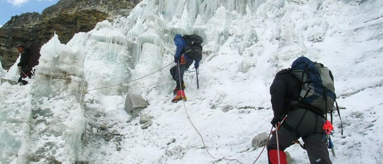 Kyajo Ri Climbing